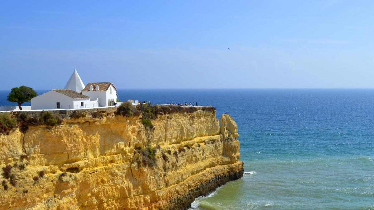 Geniet van een heerlijke Vakantie in Albufeira vanuit onze vakantiewoning die centraal in de Algarve ligt.
